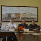 У Львові покажуть документальний фільм про волонтерів