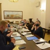 Члени комісії фінансів погодили внесення змін до титульних списків районних адміністрацій